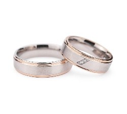 "Golden wedding rings with diamonds ""VMA 131"""